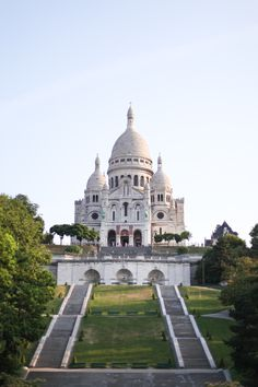 Paris – elegant monuments and gardens, ornate shops, foodie traditions and artistic heritage.