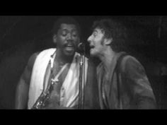 Bruce Springsteen & the E Street Band - Tenth Avenue Freeze-Out - 09/20/78 (OFFICIAL) - YouTube Amazing version! ♡♡♡ This song is the story of Bruce Springsteen and the E. St. Band.