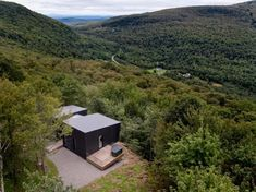 La Binocle by NatureHumaine « Inhabitat – Green Design, Innovation, Architecture, Green Building Timber Cabin, Glass Facades, Green Building, Quebec, Building Design, Remote, Architecture, Tiny Houses, Cabins