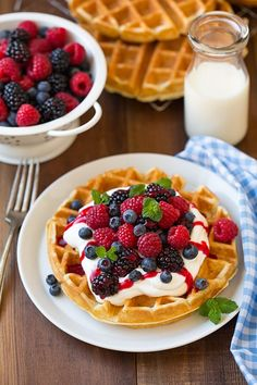 Best Belgian Waffle Recipe Light Fluffy and Crisp Cooking Classy is part of Breakfast waffles My goto waffle recipe! These Belgian waffles are light, tender and fluffy on the inside with just the r - Think Food, Love Food, Best Belgian Waffle Recipe, Kreative Desserts, Breakfast Recipes, Dessert Recipes, Breakfast Waffles, Mexican Breakfast, Sunday Breakfast
