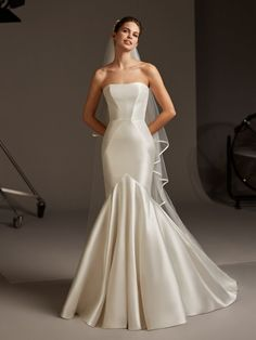 Dancing Lights: The new Pronovias 2020 collection we& been waiting for is here! - Pronovias Wedding Dresses The collection we have been waiting for is here! Asian Bridal Dresses, Wedding Dresses For Girls, Bridal Gowns, Wedding Gowns, Dramatic Wedding Dresses, Couture Wedding Dresses, Bridal Lenghas, Wedding Reception, Asian Wedding Dress