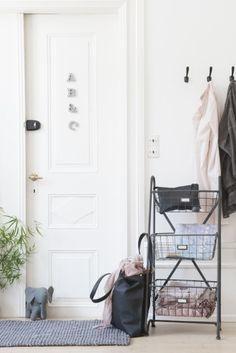 Design & After Cozy House, Decoration, Wardrobe Rack, Sweet Home, Furniture, Design, Home Decor, Blog Deco, Elephants