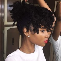 - myhaircrush: ・・・: au natural : natural hair : hair : afro : love thy fro : protective styles : Pelo Natural, Natural Hair Tips, Natural Hair Journey, Belleza Natural, Natural Hair Styles, Au Natural, Natural Texture, Natural Beauty, Crochet Braids Hairstyles