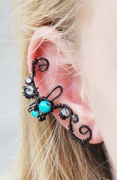 #Handmade Ear Cuff! #Gothic #Steampunk extraordinaire! $18.99 If I get a pixie cut, I want this.