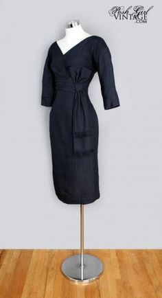 Great lines, I could wear this dress from the 1950s.