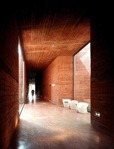 Image 4 of 18 from gallery of Embassy Ethiopia / Bjarne Mastenbroek and Dick Van Gameren. Photograph by Christian Richters Brick Architecture, Minimalist Architecture, Architecture Details, Interior Architecture, Addis Ababa, Light In, Gate House, Modern Buildings, Bricks