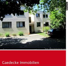 Diese Wohnung befindet sich in der ersten etage und verfügt über zwei Zimmer und ein Badezimmer.  Sie befindet sich in Zehlendorf-Berlin. Das Haus ist 1972 erbaut. Für die Wärme in der Wohnung sorgt eine Zentralheizung. Die Wohnfläche beträgt 66m². Die Kaltmiete beträgt 550,00€ und die Heizkosten belaufen sich auf 65,00€.