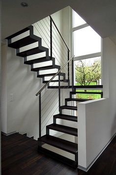 Metal Stairs, Modern Stairs, Railing Design, Staircase Design, Staircase Railings, Stairways, Escalier Design, Interior Stairs, House Stairs