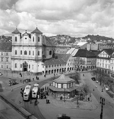 Bratislava Slovakia, Old City, Old Photos, Milan, Louvre, Mansions, Architecture, Building, Travel