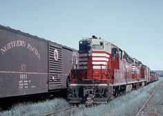 https://flic.kr/p/Zjtumc | More Chinese Red SD24s, EMD built these in 1959 -- 4 Photos | CB&Q SD24 509 at Dayton's Bluff Yard, St. Paul, MN on June 19, 1964.