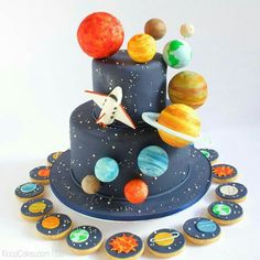 Cute cake for smart and curious kids Enquiry 2nd Birthday Party Themes, Themed Birthday Cakes, Boy Birthday, Solar System Cake, Rocket Cake, Planet Cake, Astronaut Party, Galaxy Cake, Bolo Cake