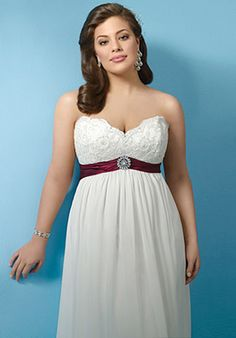 Size Bridesmaid Dress on Plus Size Wedding Gowns  Showing Off Your Beautifully Full Figure