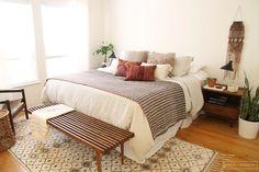 Cool 48 Cozy Mid Century Bedroom Design Ideas For Interior Design. Dream Bedroom, Home Decor Bedroom, Bedroom Furniture, Furniture Design, Master Bedroom, Bedroom Ideas, Furniture Ideas, Midcentury Bedroom Decor, Bedroom Inspo