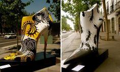 Shoe Street Art – Sapatos gigantes tomam as ruas de Madrid.