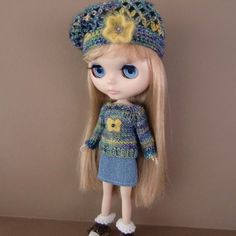 Variegated Sweater Denim Skirt and Beret for Blythe by myfairdolly, $30.00