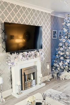 I'm a 25 year old Canadian girl who is OBSESSED with Christmas. Cozy Grey Living Room, Decor Home Living Room, Living Room Designs, Feature Wallpaper Living Room, Feature Wall Living Room, Luxury Christmas Decor, Wallpaper Fireplace, Home Wallpaper, Trellis Wallpaper