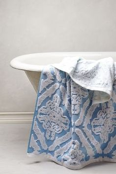 Woven Ombre Towel Collection