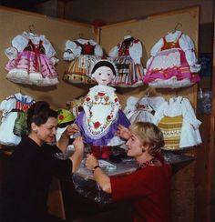 Disney Imagineers Alice Davis and Mary Blair, 1964.
