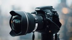 How Photographers Afford Their Equipment While Building Up A Business - Improve Photography Canon Dslr Camera, Dslr Camera Straps, Camera Gear, Dslr Cameras, Sony Camera, Nikon D5600, Camera Backpack, Film Camera, Camera Vector
