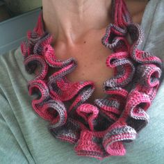 Image of SWIRLS necklace