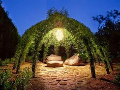 Incredible gazebo-style living willow outdoor living space by artist Bonnie Gale