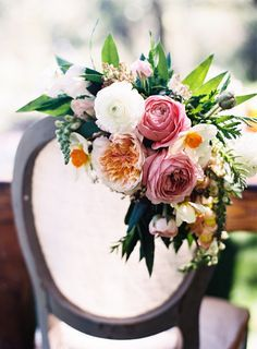 Chair florals! | Botanical | Wedding Inspiration | Wedding Idea