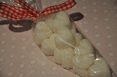 Hjemmelagde sukkerbiter i form - lett!