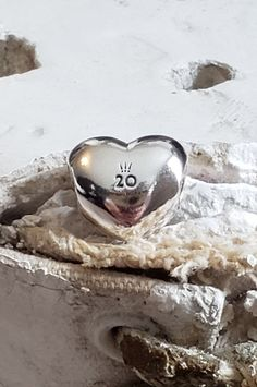 Authentic Pandora Heart Anniversary April Charm Collector Hallmarked ALE Sterling/ Certificate of Authenticity NWOT Pandora Anniversary Charm, Pandora Wedding Charms, Pandora Birthday Charms, Pandora Charms, Pandora Bracelets, Pandora Jewelry, Key To My Heart, Heart Charm, Floating Charms