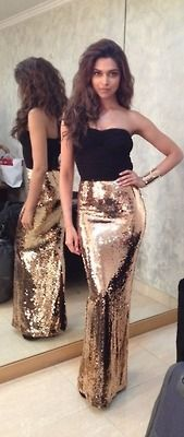 God I love shiny things!  I would wear this outfit in a heartbeat!