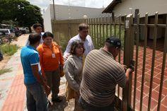Prefeitura abre casa com autorização judicial para combate a dengue em Campo Grande