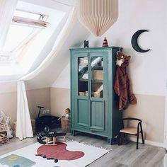 Kids Room Design Ideas with Brilliant Layout Design Teen Room Decor, Kids Decor, Bedroom Decor, Home Decor, Decor Ideas, Deco Rose, Minimalist Kids, Kids Room Design, Little Girl Rooms