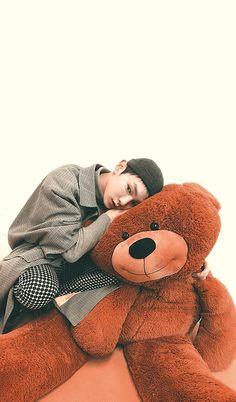 artistic groove — key lockscreens!!! please like or reblog if you... Jonghyun, Shinee Albums, Programa Musical, Sun And Stars, Kim Kibum, Best Albums, Cute Icons, Little Puppies, Bambam