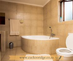 Its time to take a break at Cuckoo Ridge😎 Book your ideal self-catering stay with us online www.cuckooridge.co.za Or contact Lize on 072 430 1934, Email us on lize@cuckooridge.co.za #hazyview #cuckooridge #selfcatering #breakawayfortheweekend #familytime