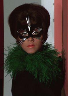 The Avengers - Linda Thorson as Tara King Tara King, Avengers Images, Emma Peel, Bbc, Halloween Face Makeup, Actresses, Easy, Books, Movies