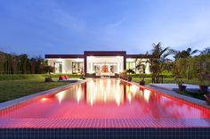 This is surely a thai hidden paradise! Bespoke #Thai contemporary villa located in the authentic Thai resort of Hua Hin, the Thai Royal residence 2 hour south of Bangkok. #thailand