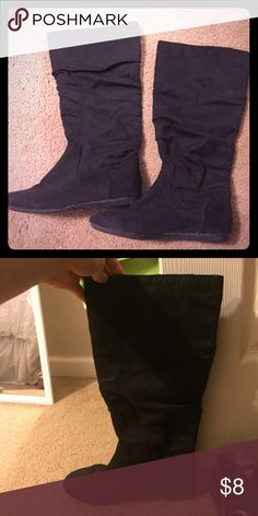 Black suede boots Just your good ole black suede boots. No heel.  Looks great with jeans or a dress! Shoes Winter & Rain Boots