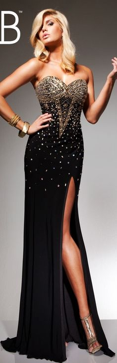 Tony B couture /2013 special session ~...someone take me somewhere where I can wear this.