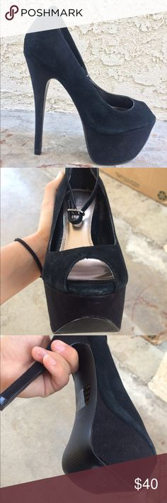 Black Stilettos heels All black stilettos, only worn a couple times for 2 high school dances. Has a couple flaws but they're Super comfy & great quality! Has a black ankle strap as well! Nothing is wrong with them, I just can't wear heels this high anymore. Make me an offer! No trades. Bakers Shoes Platforms
