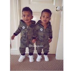 Twin Baby Boys, Baby Boy Swag, Twin Babies, Baby Kids, Black Babies, Kids Fever, Baby Fever, Cute Twins, Cute Babies