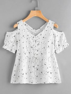 Open shoulder ditsy print eyelet lace up blouse urban outfitters clothes, kids outfits, cool Eyelet Lace, Lace Up, Kids Fashion, Fashion Outfits, Womens Fashion, Fashion Fashion, Street Fashion, Winter Fashion, Fashion Trends