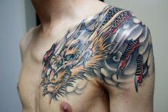 """Résultat de recherche d'images pour """"tatouage dragon bras"""""""
