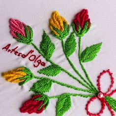 Double Color Thread Daisy Flowers with Lazy Daisy Stitch Today you will learn how to embroider a Rose Bud Bouquet . A rose bud (Rosebud) bouquet can be embroidered on any fabric and on any garment.Woven Picot used in Hand Embroidery. Basic Embroidery Stitches, Hand Embroidery Videos, Embroidery Stitches Tutorial, Embroidery Flowers Pattern, Creative Embroidery, Silk Ribbon Embroidery, Hand Embroidery Designs, Embroidery Techniques, Cross Stitch Embroidery