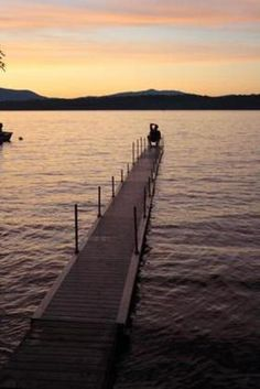 What's So Great About The Great Sacandaga Lake? - This 29-mile long reservoir (with 125 miles of shoreline) in New York's Adirondack Mountains is a great summer getaway.