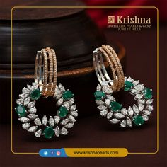Razzle-dazzled glazing emerald earrings with Certified Diamonds always been ravishing for the moonlight amusement dinner time. For product Details,Contact Us on our WhatsApp Pearl And Diamond Ring, Diamond Studs, Diamond Jewelry, Cartier Jewelry, Diamond Brooch, Cartier Wedding Rings, Disney Wedding Rings, Emerald Earrings, Women's Earrings