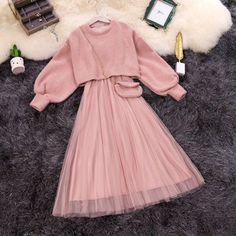 Girls Fashion Clothes, Teen Fashion Outfits, Mode Outfits, Cute Fashion, Fashion Dresses, Girl Outfits, Modesty Fashion, Stylish Dresses For Girls, Stylish Dress Designs