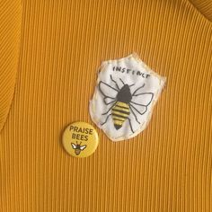 killer instinct of a queen bee Keep It Real, Flower Yellow, Grunge, Art Hoe, Karen, Save The Bees, Bee Happy, Pin And Patches, Punk