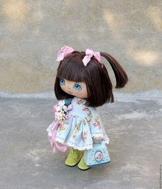 Купить или заказать Малышка в интернет-магазине на Ярмарке Мастеров. Очаровательная кукла-малышка сшита на заказ, с учетом индивидуальных пожеланий. Платье из корейского хлопка и кружева, ботиночки из натуральной кожи, снимаются, волосы можно аккуратно расчесывать и менять прическу. Можно заказать повтор с учетом индивидуальных пожеланий.