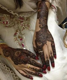 Colorful henna design