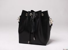 Leather bucket bag instructions