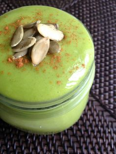 Pumpkin Spice and Everything Nice Green Smoothie (Gluten-free, Dairy-free, Sugar-free)